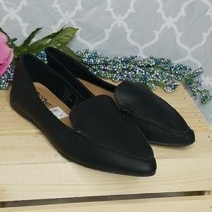 Brash leather loafers
